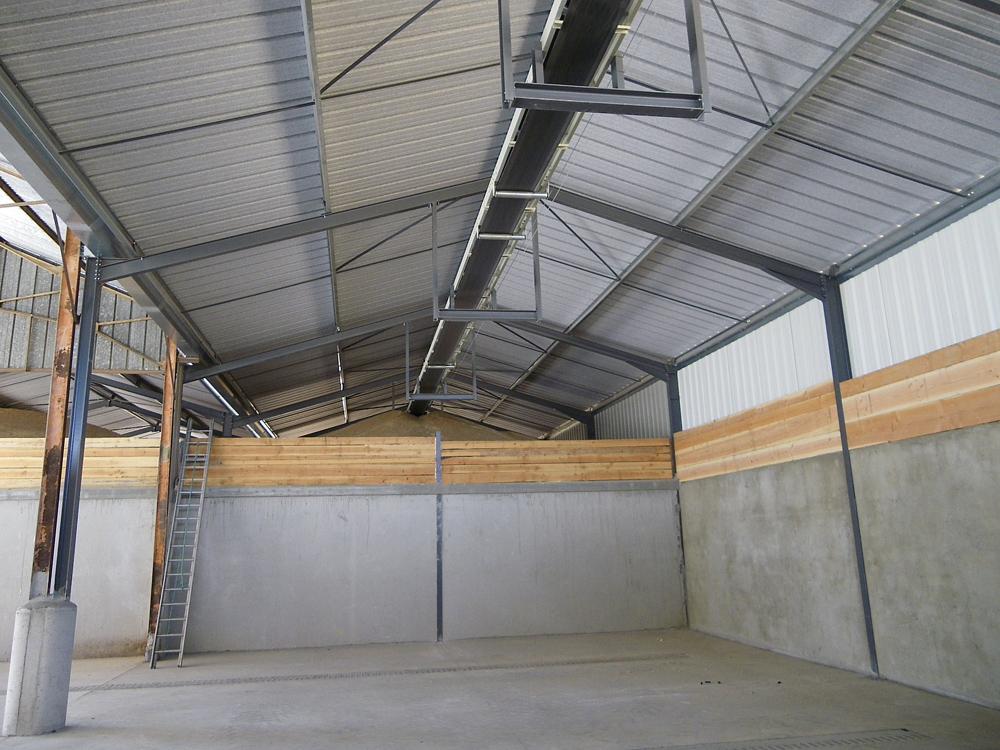 Agrotech sas constructions m talliques b timents agricoles for Batiment de stockage agricole