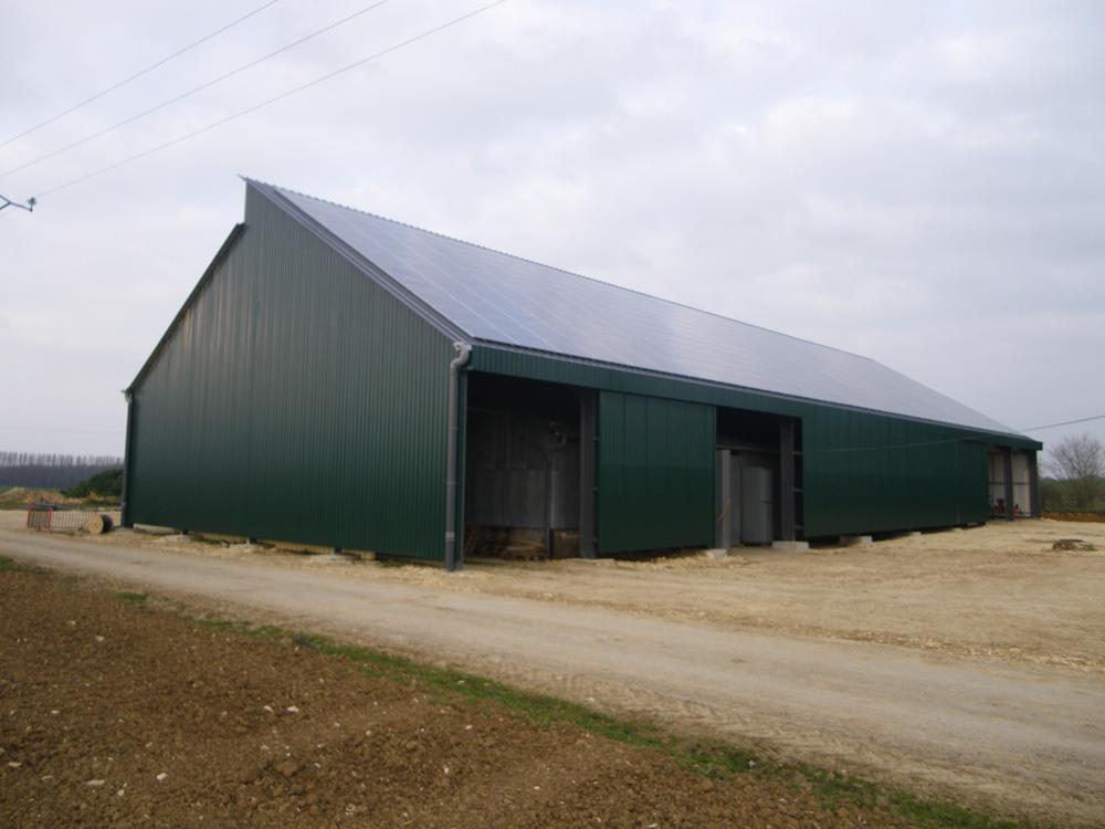 Agrotech sas constructions m talliques photovolta que for Batiment de stockage agricole